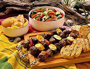 Ужин в национальном Черногорском доме