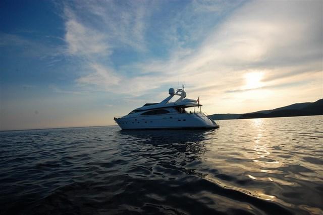 6 яхта класса Люкс аренда Черногория