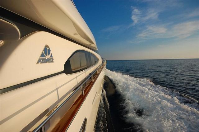 8 яхта класса Люкс аренда Черногория