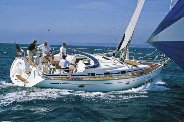 bavaria42_cr_02 аренда яхты в Черногории - Бавария 42