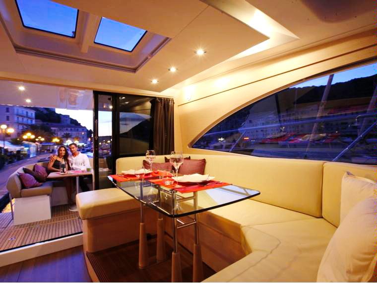 Арендовать яхту в Черногории